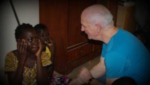 Claire Pouteau et Jean-Marie Hebting en mission avec Persis Burkina